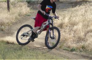 自転車で楽しむ