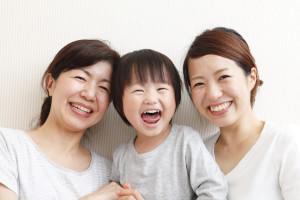 母と娘と子供