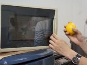 レモンを電子レンジでチン