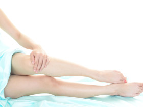 足の美しい女性