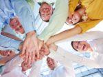 Kooperation und Zusammenarbeit unter Business Team